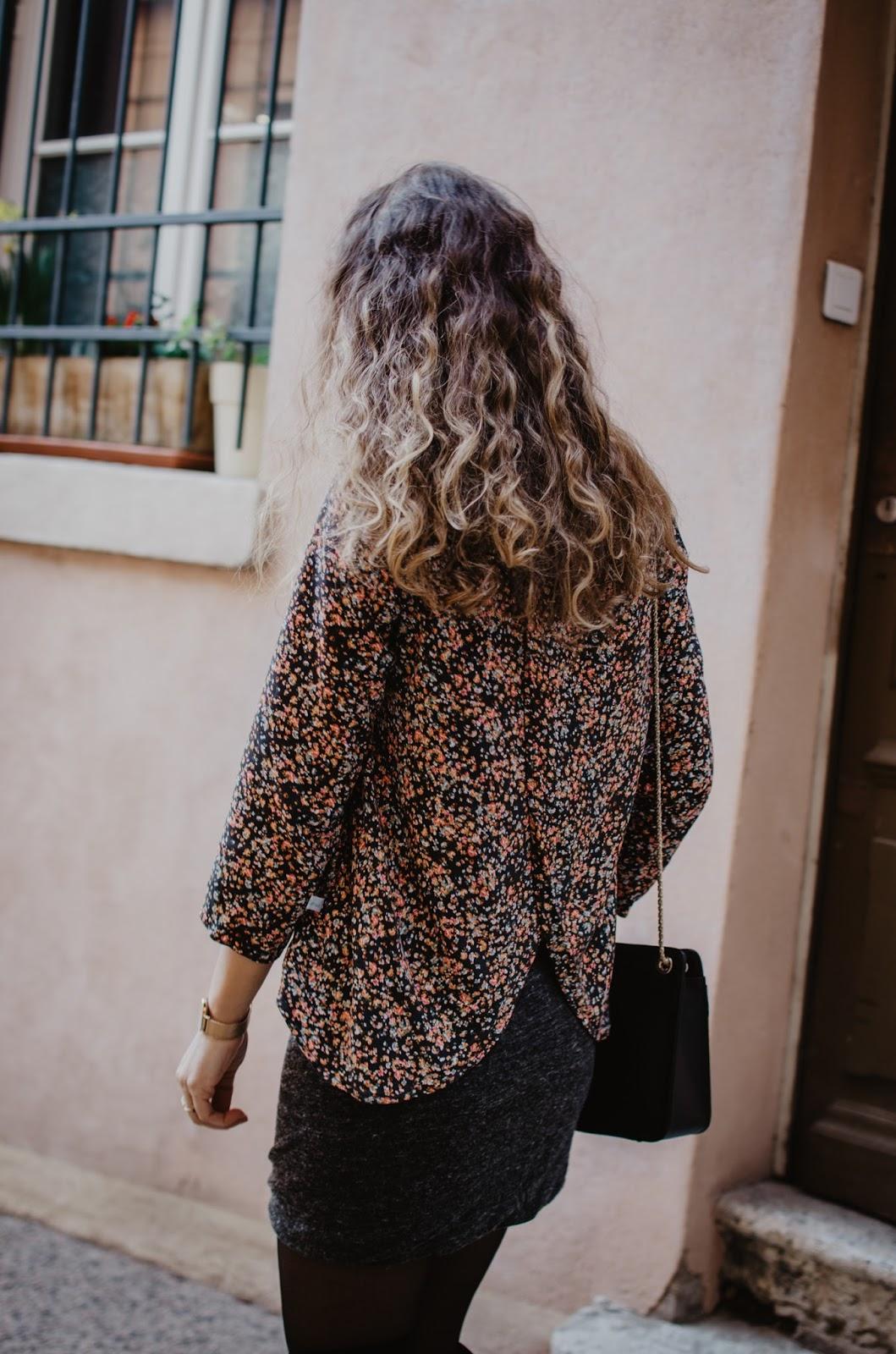 La Morue : blouse papillon fleurie *Guerlain*